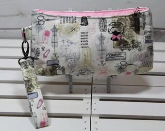 Wristlet Clutch Wallet, Vegan Wristlet Clutch, Vegan Purse Clutch, Vegan Clutch Wristlet, Pink Vintage Sewing Clutch