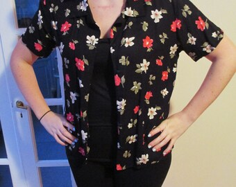 Vintage Black Floral Pattern Short Sleeve Button Down Shirt w/ Pink / Red and Tan / Brown Flower Pattern