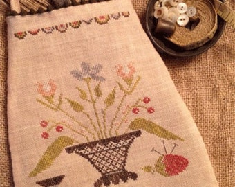 Primitive Cross Stitch - Simple Pleasures Sewing Pouch - Pattern Only or Pattern w/Floss Kit