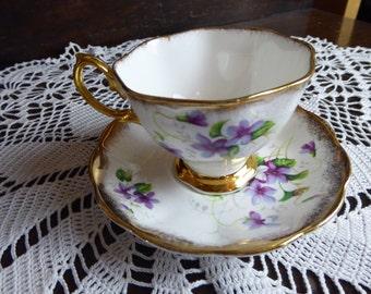 Vintage Royal Albert Bone China Purple Violets and Gold Teacup and Saucer