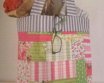 Scrappy modern tote bag pattern