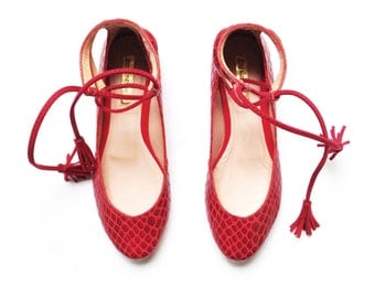 RED BALLET FLATS  -  Vegan Leather Shoes  - Mina Shoes Mexico - Style Name: NeoMerlina