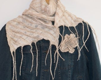 Beige and white nuno felted scarf, wet felted scarf, beige wool scarf, wool and silk scarf, felted neck warmer, checked pattern