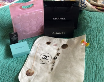 CHANEL Pink Chance BAG; Chanel/TIFFANY Boxes, Sack, Etc. Mint Condition