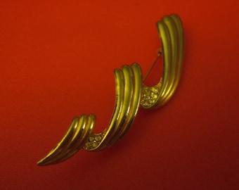 Vintage Goldtone Twist Brooch/Pin