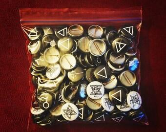300 - Custom Buttons , Custom Pins + Free Gift