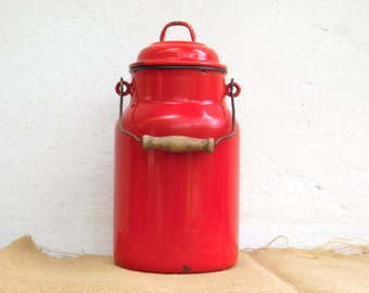 Vintage Red Enamel Milk Can - Country Cottage Chic - Farmhouse Decor - 3 liter