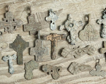archaeological finds / Lot of 16 antique crosses  parts of crosses and charms / antique cross / digging found objects / antique jewelry  #7