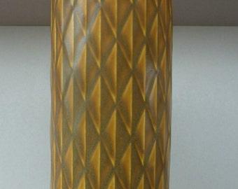 Vintage 1950s Swedish Mustard Coloured Vase by GUNNAR NYLUND for Rorstrand. Eterna Series. No 6