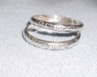 Set of etched sterling bands for stacking 6.75