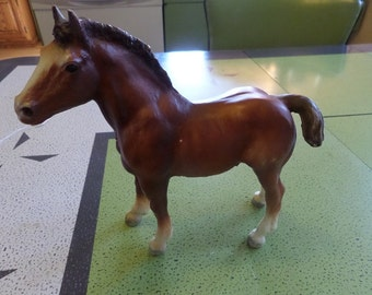Breyer Foal, Clysdale Horse, Breyer Horse, Breyer Horses, Vintage Horse, Horse Figurine, Toy Horses, Breyer Figures, Horse Models