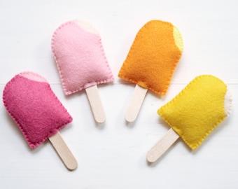 Magnet Mini Felt Ice Cream, Ice Lolly, Ice Block, Ice Pop, Popsicle, Fruit Ice - 4 soft felt fridge magnets. Raspberry, Strawberry