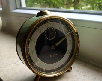 Vintage Blessing Alarm Clock from the 30s, hand wind, Germany