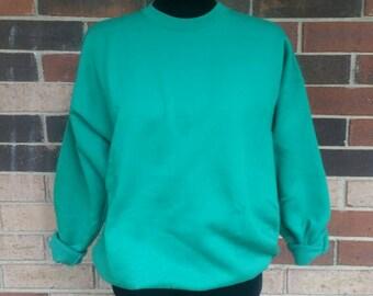 Hanes Green Sweatshirt