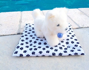 Doll Pet Bed, 18 Inch Doll Pet Bed, Pet Bed, White with Black Paws