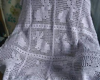 Beautiful Bunny Design Filet Crochet Blanket