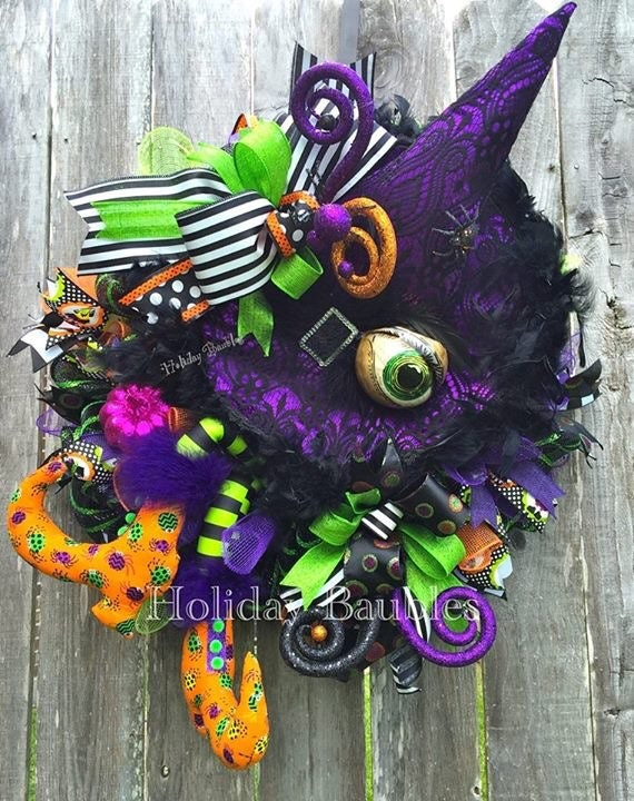 Picture Frames Whimsical Halloween Wreaths 5