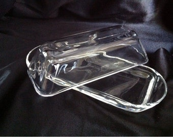 Mid Century Clear Pressed Glass Butter Dish with Lid / Covered Butter Dish / Glass Butter Dish / Butter Dish Vintage / Pressed Glass