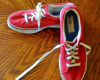 Women's Red Keds Stretch Sneakers, Lace Up, Size 6, 10 Eyelets, Red Stripe, WF-20938M HO-CH17, Discontinued