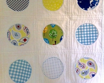 Modern baby quilt, handmade crib quilt, cotton cot quilt, modern patchwork quilt, modern white cot quilt, quilted playmat