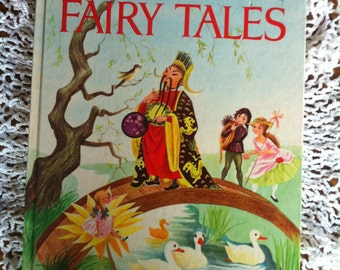 Hans Christian Andersen's Fairy Tales Adapted By Eve Morel Illustrated By Simonne Baudoin 1965 Grosset & Dunlap, Inc.