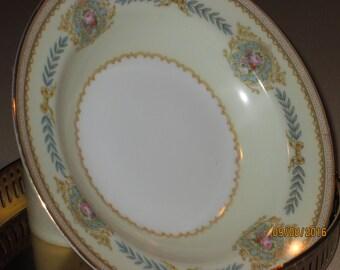 Salad dish    (antique)