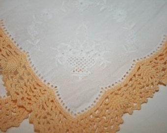Hankie, Vintage Hankie, Gorgeous Yellow Embroidered Cotton Hankerchief, VintageBride's Hankie, Yellow Hand Crochet Hankie, Vintage Linen