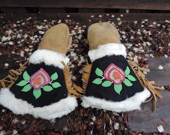 Vintage Gauntlet Mitts,Vintage Native Beaded Mittens,Vintage Native Beaded Gloves,Native Mitts,Vintage Native Beaded Gauntlet Gloves,Native