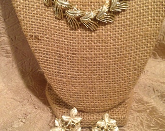 Signed JUDY LEE Gold Tone and Enamel Leaf Collar Necklace and Clip Earrings