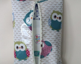 Baby wipes holder,wet wipes case,water wipes case,owls oilcloth