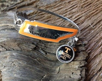 UT Volunteers bangle: Tennessee Vols silver bangle with charms and power t