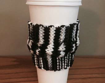 handmade cable knit coffee cozy (in black/white/grey)