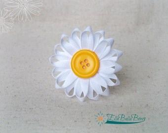 Daisy Flower Ribbon Sculpture Hair Clip, button center