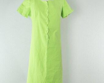 1970's Velma // Shift Dress // M-L