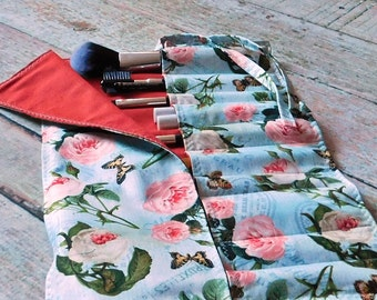 Makeup Brush Roll - Brush Roll - Makeup Brush Holder - Brush Holder - Makeup Artist Case - Travel Bag - Crochet Hook Case