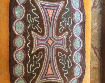 VINTAGE HOOKED RUG: Celtic Cross Pattern