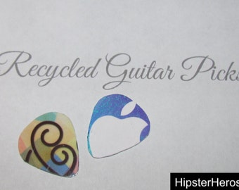 iTunes Gift Card Recycled Guitar Picks