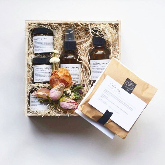 Mother And Baby Gift Box : New mom and baby gift box
