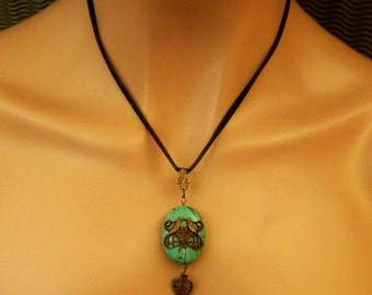 Turquoise necklace with bird couple, gemstone jewelry, gift idea woman, jewelry for her, oval necklace