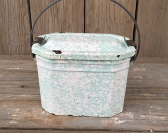 vintage enamelware lunch pail, green enamel ware lunch box