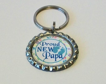 Blue and White Proud New Papa Grandfather Metal Flattened Bottlecap Keychain Great Gift