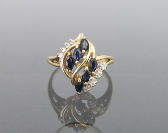 Vintage 14K Solid Yellow Gold Genuine Sapphire & Diamond Ring Size 5.5