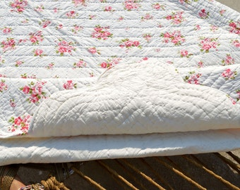 Shabby Chic quilted bedspread, rose print, cotton quilt, romantic, 100% cotton, 90X108 inches