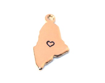 2x Gold Plated Maine State Charms w/ Hearts - M115/H-ME