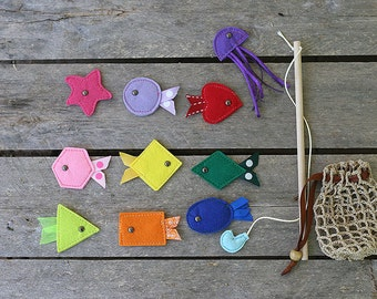 Magnetic Fishing set by TomToy, Small/ Big size, Set of: 10 fishes, wood fishing rod and crochet net