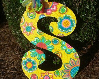 Happy happy happy 22 inch letter door hanger! Great spring and summer door decor! **any letter ** Every sign is a work of heART **