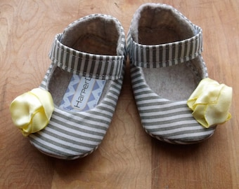 MOLLY baby girl shoes. Gray and White Stripe with Yellow Flower
