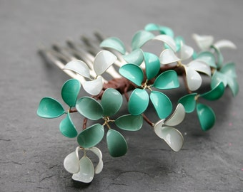 Mint flowers: Small decorative haircomb with little flowers, mint and turquoise, bridal, wedding, comb, hair accessory