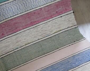 antique rustikaler bauern teppich l ufer von linenandtextiles. Black Bedroom Furniture Sets. Home Design Ideas