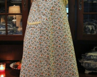 Vintage 1940-50's Hostess Full Cotton Apron Sweet Flowers and Yellow Trim Button Closure- Textiles, Aprons, Kitchen Wear, Farm House